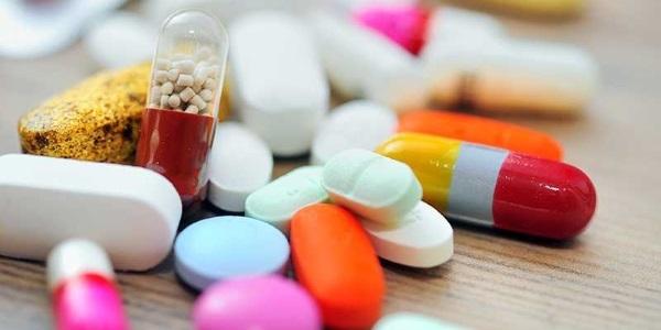 leki na krwawiące hemoroidy